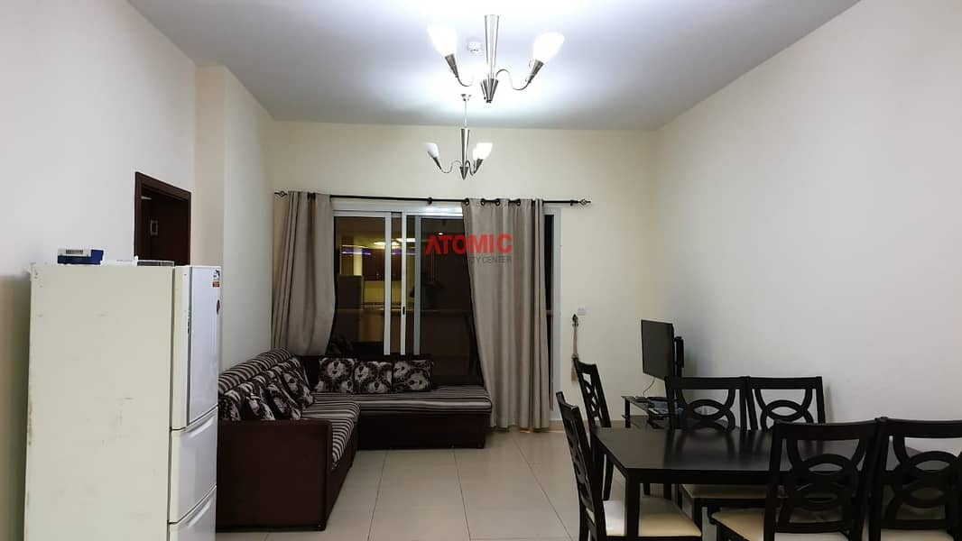 23 Hot offer vacant large one bedroom for sale in stadium point  call booking