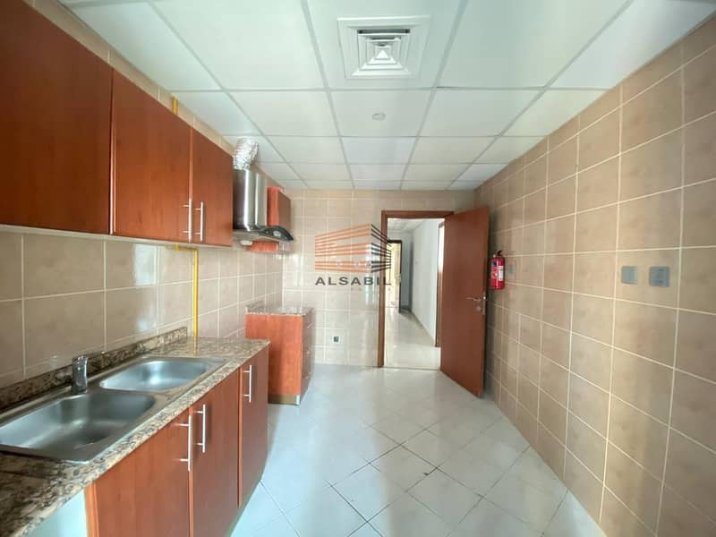 2 2BR & free AC & 1month free & with Balcony in Marina Pinnacle