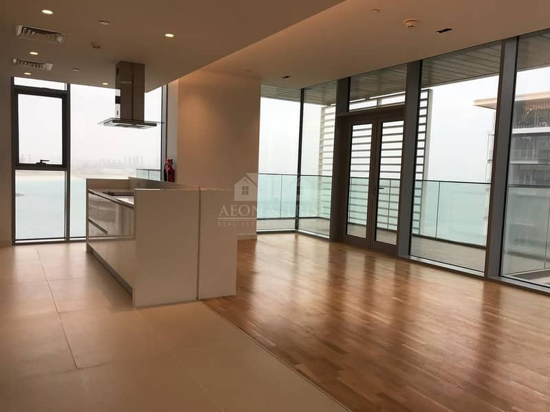 2 Stunning 3 BR Apartment I Sea View I Great Location