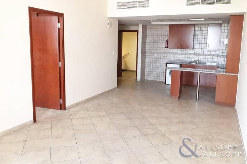 2 Beds | Large Unit/Balcony | Unfurnished