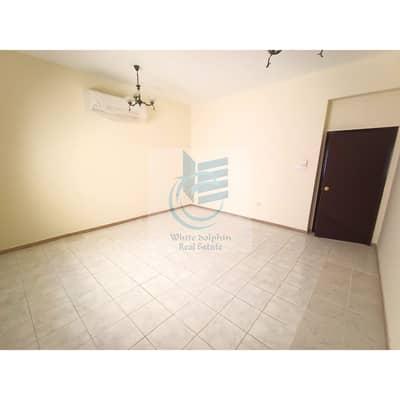 فیلا 3 غرف نوم للايجار في القرهود، دبي - فیلا في القرهود 3 غرف 100000 درهم - 4775204
