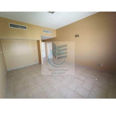 فیلا 3 غرف نوم للايجار في القرهود، دبي - فیلا في القرهود 3 غرف 120000 درهم - 4775220