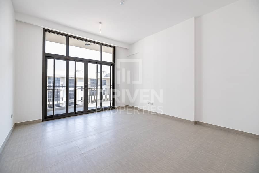Furnished and Bright  2 Bedroom Apartment