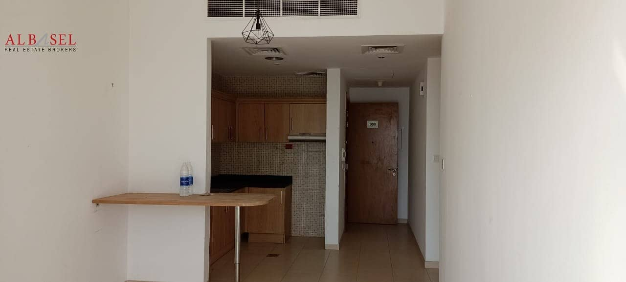 2 SPACIOUS 1 BR I VACANT  READY TO MOVE IN