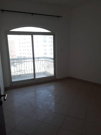 فلیٹ 1 غرفة نوم للايجار في المدينة العالمية، دبي - شقة في شقق ريفيرا ليك فيو منطقة مركز الأعمال المدينة العالمية 1 غرف 23000 درهم - 4775719
