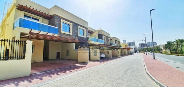 تاون هاوس 3 غرف نوم للايجار في قرية جميرا الدائرية، دبي - Park facing Brand New 3BR+Maid Townhouse