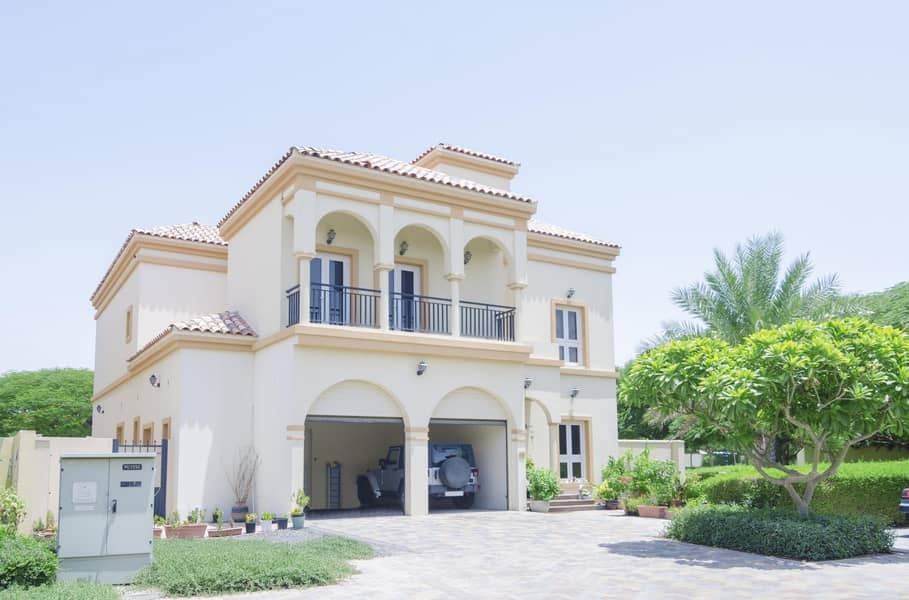 Cozy Customized Cordoba | 5BR with Maids and Study