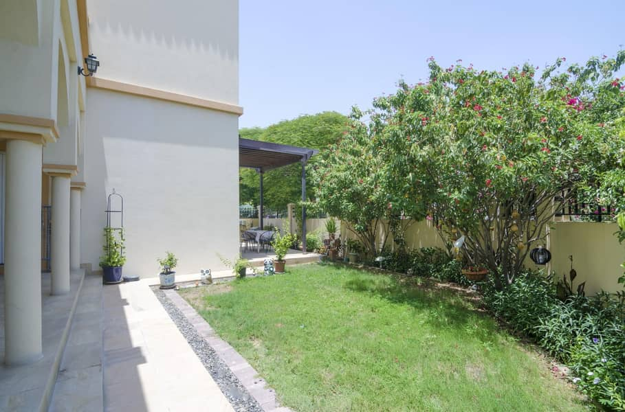 20 Cozy Customized Cordoba | 5BR with Maids and Study