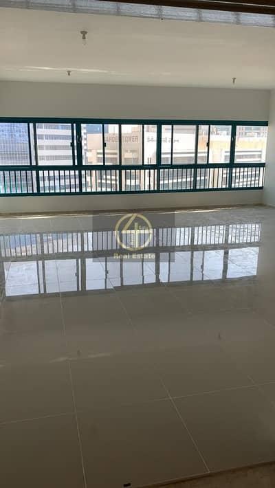 شقة 4 غرف نوم للايجار في شارع الشيخ خليفة بن زايد، أبوظبي - Awesome Spaces