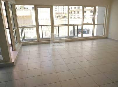 2 Bedroom Villa for Sale in Dubai Marina, Dubai - Gorgeous Duplex Rented Villa in Marina Quay
