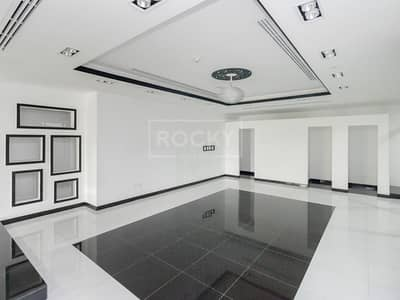 Shop for Rent in Jumeirah Lake Towers (JLT), Dubai - Ready to Move|Nicely Fitted|Open Layout|Close to Metro