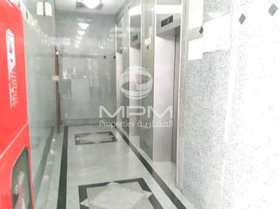 3 Bedroom Apartment for Rent in Tourist Club Area (TCA), Abu Dhabi -  Neat and Clean 3 Bedroom Apartment