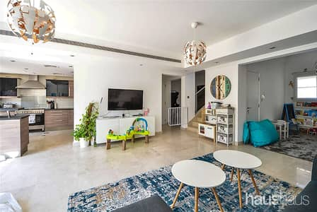 3 Bedroom Villa for Sale in The Springs, Dubai - Fully Upgraded | Extended | Bright Villa