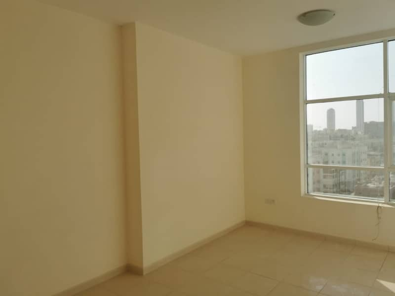 Smartly priced  2 BHK Apartment for Sale in Orient Towers, Ready to move-in.