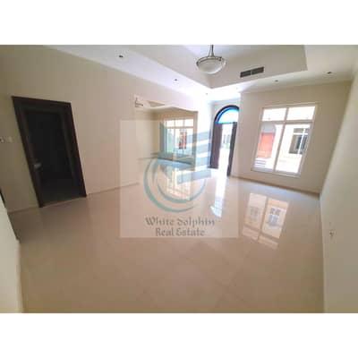 فیلا 5 غرف نوم للايجار في الراشدية، دبي - فیلا في الراشدية 5 غرف 110000 درهم - 4776637