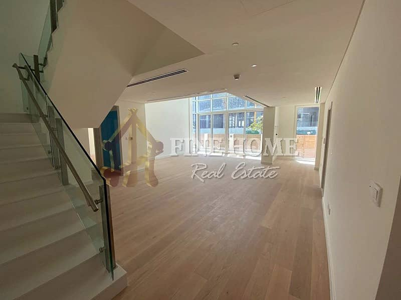 Modern and Luxurious 3BR Townhouse in Mamsha