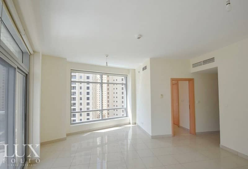 1 Mid Floor | Chiller Free | Corner Apartment