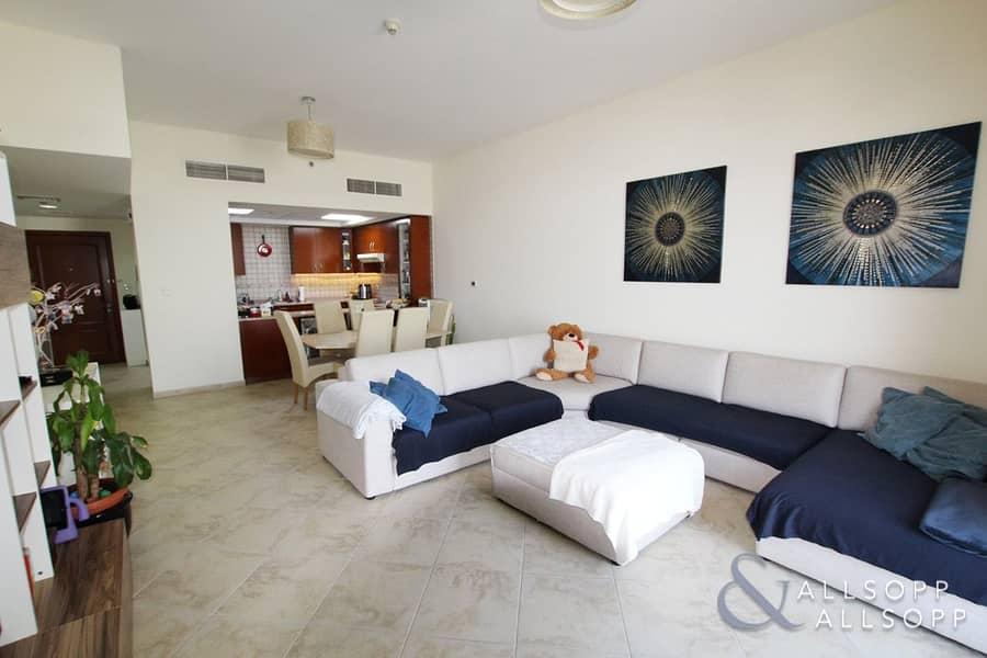 Three Bedrooms | Top Floor | Fox Hill 01