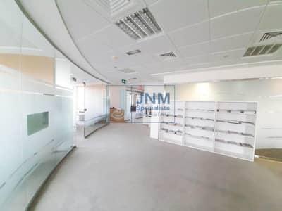 مکتب  للبيع في أبراج بحيرات الجميرا، دبي - Full Floor Semi-fitted Office | High Floor
