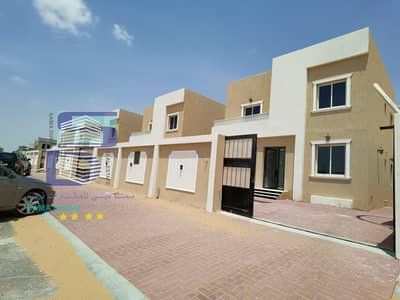 3 Bedroom Villa for Sale in Al Zahia, Ajman - Villa in the best areas of Ajman owns a new villa, the first inhabitant of Al Helio, and it has freehold all nationalities