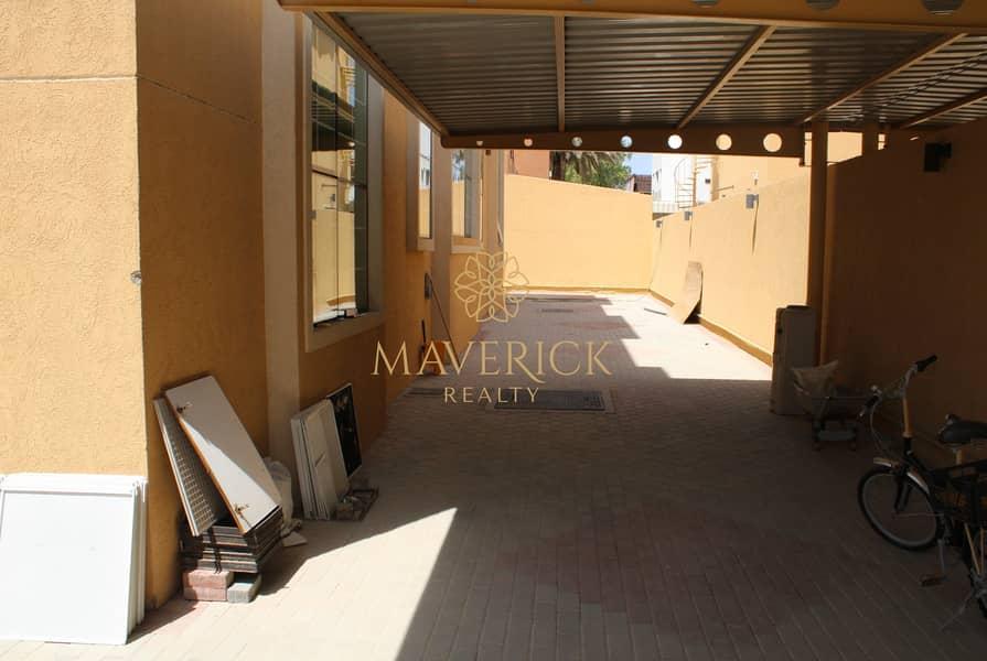 10 Massive 4BR Villa | 3 Halls | Best Price