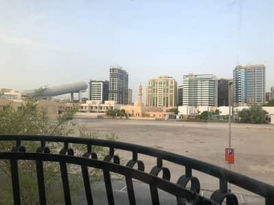 فیلا 3 غرف نوم للايجار في البرشاء، دبي - 1