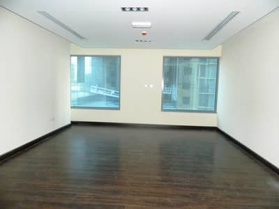 Office for Rent in Business Bay, Dubai - Chiller Free Fitted Inbuilt Utilities Vacant
