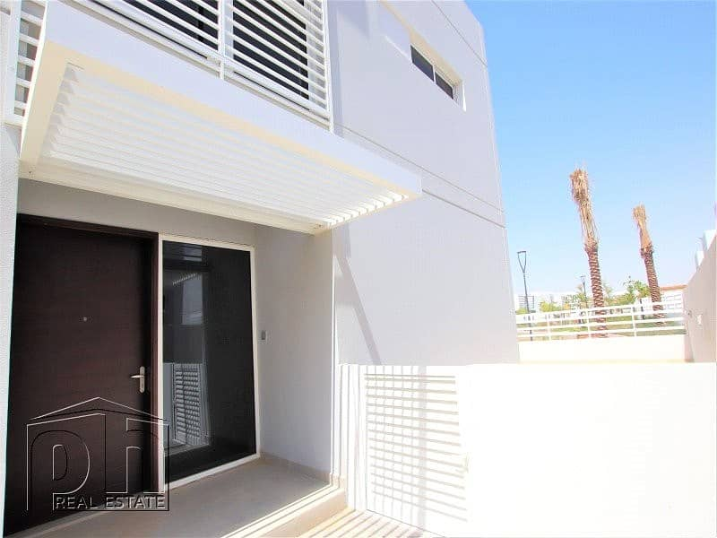 2 4 Bed | Brand New | Near Pool And Park