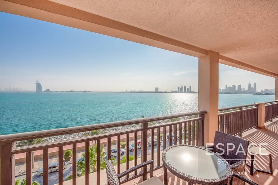 2 2 Bed | High Floors | Sea View