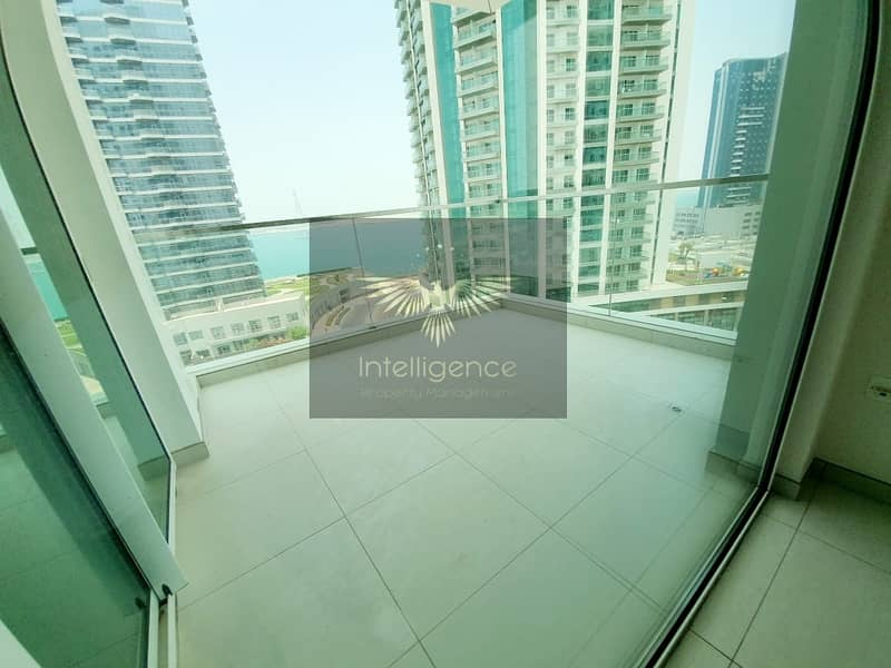20 Very Spacious Unit w/ Maid`s Room and Balcony