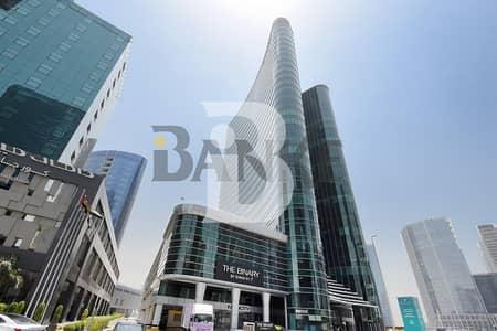 طابق تجاري  للبيع في الخليج التجاري، دبي - Full floor | The Binary | Burj and Canal view
