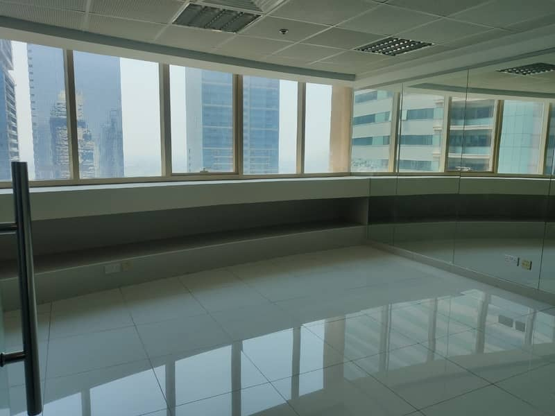 2 NEXT TO METRO|NICELY PARTITIONED|HIGH FLOOR