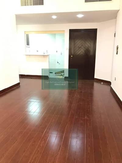شقة 1 غرفة نوم للايجار في منطقة النادي السياحي، أبوظبي - Nice 1 bed Apartment near Abu Dhabi Mall