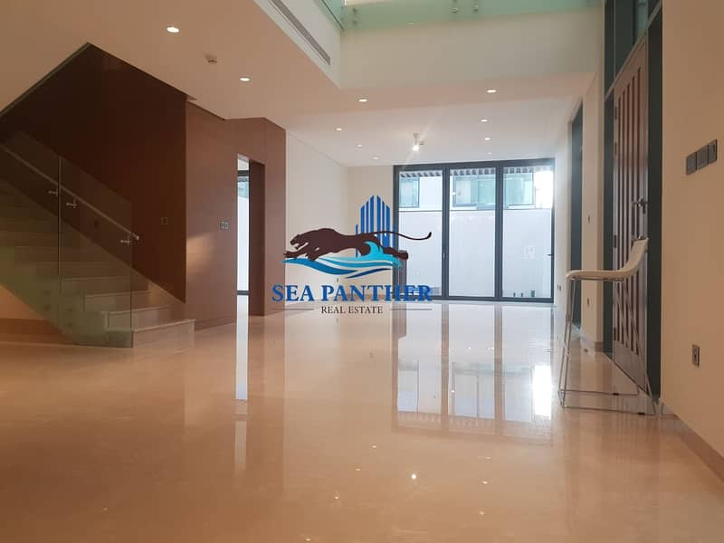 13 Ready Luxery Villa With Private Pool Near Downtown Dubai
