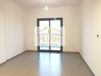فلیٹ 2 غرفة نوم للايجار في تاون سكوير، دبي - Exclusive Unit- Lowest Priced- Well maintained- Grab it Soon