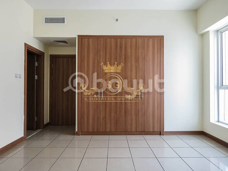 Spacious 2 bedrooms apartment for rent in Sulafa Tower