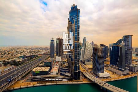 1 Bedroom Flat for Sale in Business Bay, Dubai - Amazing 1br on shiekh zayed road canal view hot deal 1m only !