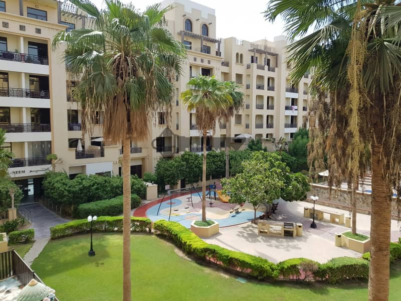 2 Spacious 1BR in The Square | Full park courtyard & S.pool view !