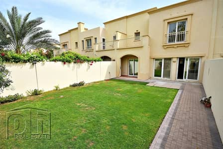 فیلا 3 غرف نوم للايجار في الينابيع، دبي - Available October | Good Condition | Must See