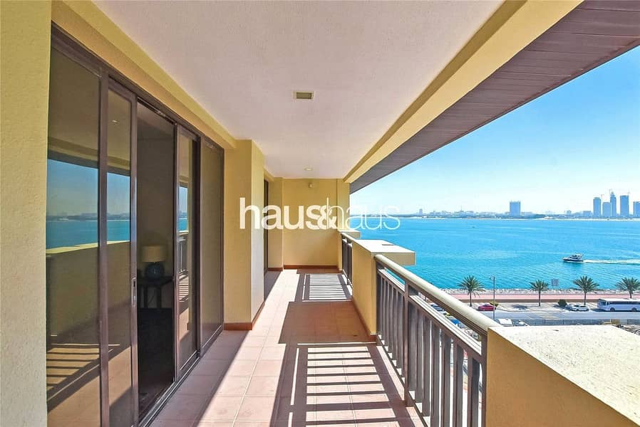 Available Now   Sea Views   Beach   x4 Cheques
