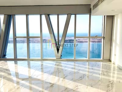 3 Bedroom Flat for Rent in Corniche Area, Abu Dhabi - Visually Stunning 3 BR Plus Maid's with Full Sea View & Amenities