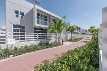 فیلا 5 غرف نوم للبيع في مدن، دبي - Available 3 Bedroom Townhouse in Arabella 3 Mudon