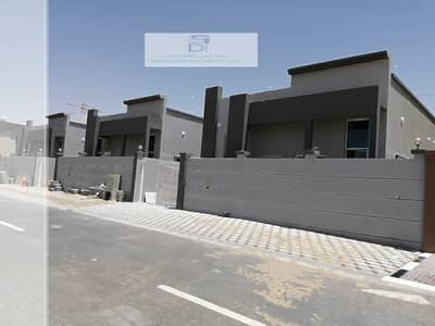 Excellent brand new ground floor Villa on the main road big central A/C.