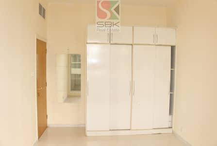 شقة 1 غرفة نوم للايجار في البرشاء، دبي - Spacious 1 BHK in Al Barsha 1