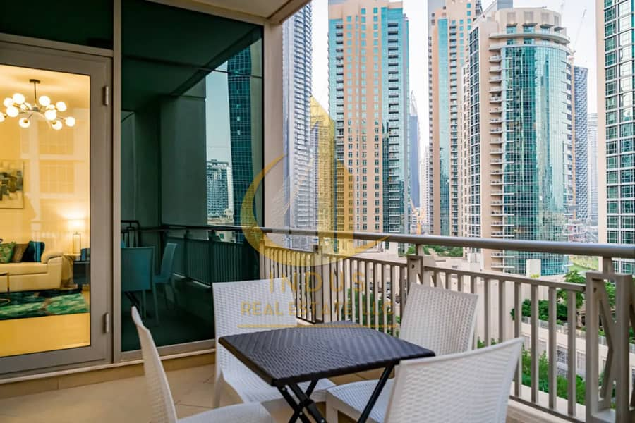 24 Fully Furnished & Spacious | Vacant | Fountain View | 2BR+2 Balconies