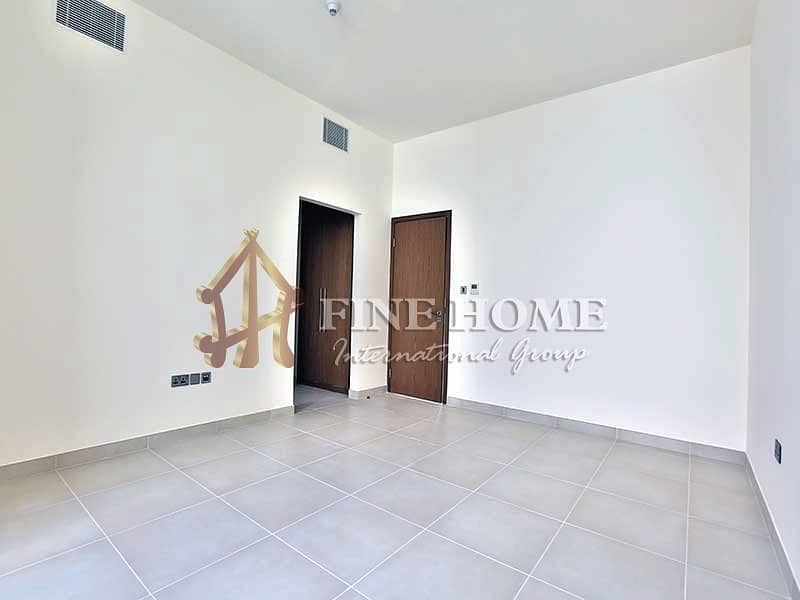 22 Invest Now with  Single Row 4 BR. Villa