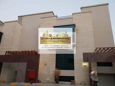 فیلا 5 غرف نوم للايجار في البطين، أبوظبي - Stunning! Large Villa with Swimming Pool