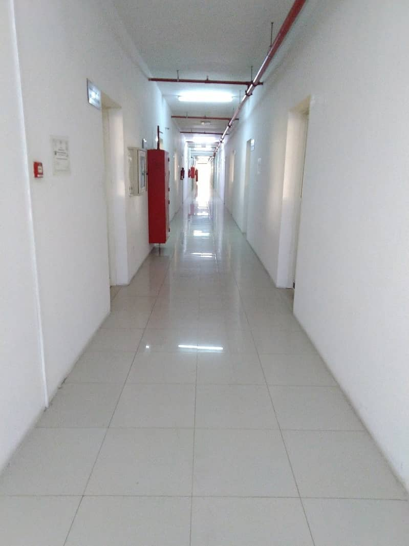 12 Office spaces for rent in Mussaffah