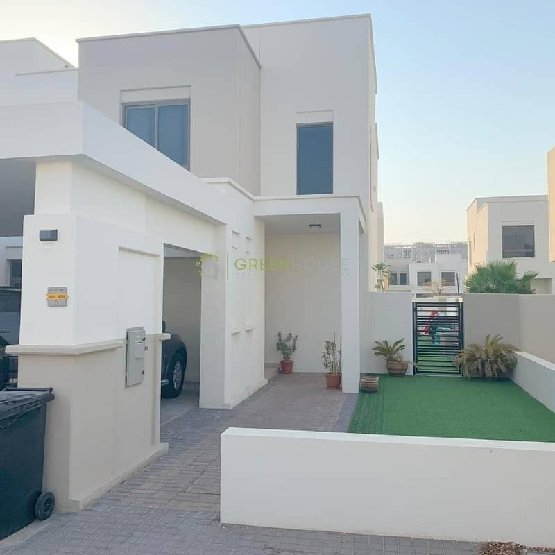 Fabulous Layout Bright 4 B/R+Maids Rm. Townhouses | Hayat Townhouse