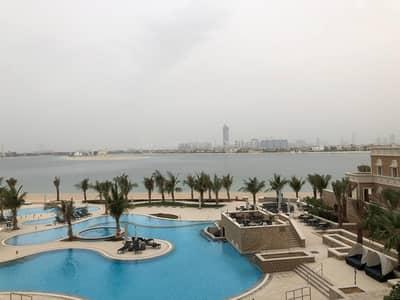 3 Bedroom Flat for Sale in Palm Jumeirah, Dubai - Stunning 3 bedroom  with pool and sea view for sale